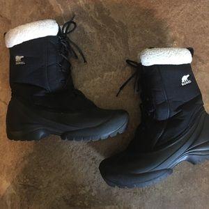 Sorel Black Lace Up Winter Boots 9.5